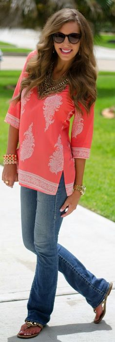My style of tunic, love the fabulous color of the tunic. Pink Blush Tangerine And White Mediterranean Print Women's Tunic Casual Outfits, Fashion Outfits, Womens Fashion, Stitch Fix Stylist, Fashion Over 50, Hippie Chic, Passion For Fashion, Spring Outfits, Style Me