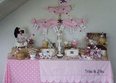 Une sweet table et une décoration sur le thème des Princesses pirates avec Tribu de Filles et Happy Paille