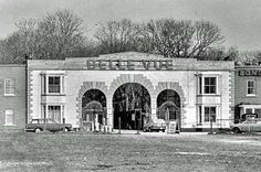 Belle Vue Zoological Gardens Longsight entrance Manchester Landmarks, Manchester Street, Manchester England, Old Pictures, Old Photos, Bolton England, Lake Hotel, Zoological Garden, Salford