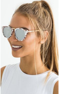Thunderstruck sunglasses in white marble