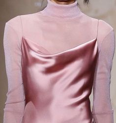 Spring Fashion Tips .Spring Fashion Tips Fashion Week, Look Fashion, Runway Fashion, Spring Fashion, Fashion Beauty, Fashion Outfits, Fashion Tips, Fashion Design, High Fashion Trends