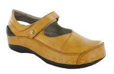 Strap Cloggy - By Wolky Older Women, Comfortable Shoes, Mary Janes, Clogs, Wedges, Ballerinas, Lady, My Style, Cute