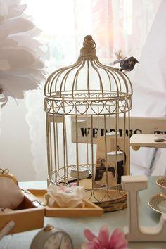 Vintage Vogelkäfig als Dekoration für deine Hochzeit. #weddstyle