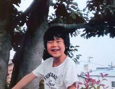 自宅の木に登る、幼少期の藤井聡太四段