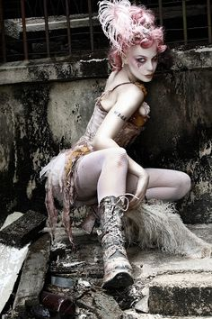 Luurankoja kaapissa: Style inspiration: Emilie Autumn