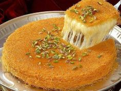 Kunafa recipe most royal and supreme Arabian dessert made up of mozzarella cheese and vermicelli, which gives crisp,chrunchy finishing and sweet taste. Arabic Dessert, Arabic Sweets, Arabic Food, Turkish Dessert, Types Of Soft Cheese, Dessert Arabe, Ramadan Sweets, Vermicelli Recipes, Middle Eastern Desserts