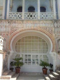 Main entrance of villa sticchi