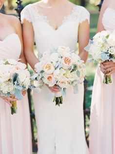 Gorgeous bouquets: http://www.stylemepretty.com/2015/03/20/st-louis-city-museum-wedding/ | Photography: Untamed Heart - http://untamedheartphotography.com/