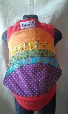 Mei taiul Babám este un mijloc ergonomic pentru purtarea bebeluşului.   E o senzaţie unică când poţi să-l porţi bebeluşul strâns în braţe într-un mod comod şi sigur care îţi permite să desfăşori activităţlie zilnice având mâinile libere.   Vârsta recomandată: 4-6 luni până la 2-3 ani sau 15 kg.  Mei taiul îţi permite purtarea bebluşului în faţă, în spate şi pe şolduri.   Mărime standard: body lăţime 40 cm, înălţime 40 cm, bretele 2 metri, căptuşite cu vatelină groasă pe 50 cm pe umeri şi… Fanny Pack, Bags, Fashion, Bramble, Hip Bag, Handbags, Moda, Fashion Styles, Waist Pouch