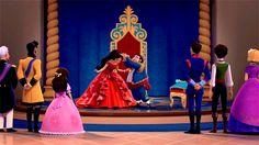 Elena being crowned gif Disney Pixar, Disney Characters, Sofia The First, Princesas Disney, Auradon, Series 4, Disney Princess, Painting, Movie