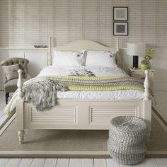 Calming White Shabby Chic Bedroom Design