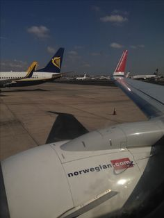 Norwegian Air shuttle pushback from Lanzarote