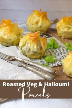 Perfect phyllo parcels filled with delicious roast veggies and halloumi Grilled Vegetables, Veggies, Roasted Brocolli, Creamy Scalloped Potatoes, Garlic Spread, Middle Eastern Dishes, Halloumi, Tray Bakes, Finger Foods