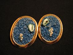 Vintage Oval Gold Tone and Inlaid Blue Shell Stone by JewelryStash
