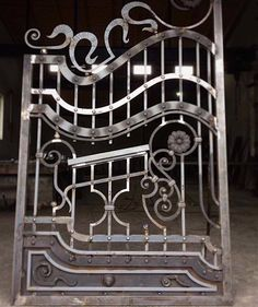 Ковані ворота. #metalwork #ironwork #wroughtiron #blacksmith #ковка #kovka #ворота #брама #кузня #schmieden #schmiedeeisen #kowalstwo #kuźnia #metaloplastyka