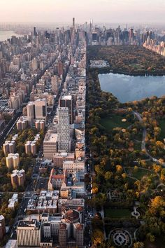 New York City contrast between buildings and Central park | #newyork #NYC #centralpark