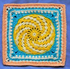 Free crochet pattern: Spiraling into Spring granny square