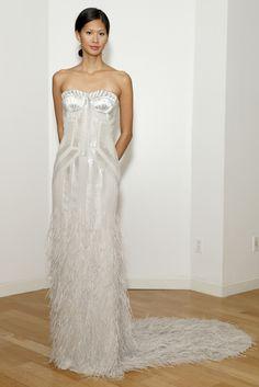 Vestido de novia de Amanda Wakeley (FW 2014) #weddingdresses #NYBW