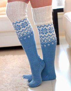 Life with Mari: Ylipolven villasukat ♥ OHJE Finland Knitting Charts, Knitting Socks, Baby Knitting, Sexy Socks, Cute Socks, Crochet Socks, Knit Crochet, Knit Socks, Colorful Socks