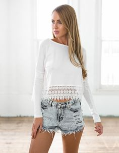White Lace Crop Top Long Sleeve – Sashi's