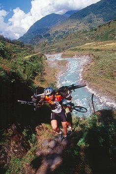 Mountain Biking Nepal    http://www.fastbikeparts.ch/48-mountainbike-teile-fahrrad-velo-bikes-shop-schweiz