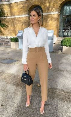 January 11 2020 at fashion-inspo Simple Work Outfits, Basic Outfits, Mode Outfits, Classy Outfits, Casual Outfits, Fashion Outfits, Fashion Clothes, Summer Outfits, Looks Chic