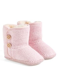 In case I ever get a little girl.  adorable little girls knit booties http://rstyle.me/n/v3eb5r9te