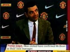 Breaking News: Man United just hired a new manager! Manchester United Club, Manchester United Wallpaper, Funny Images, Funny Pictures, Jokes About Men, Football Jokes, Man United, Man Humor, New Man