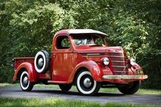 1939 International Harvester D2 pickup
