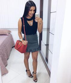 """4,390 curtidas, 46 comentários - Álice Vivianny (@alicevivianny) no Instagram: """"da noite, com look todinho da @maria_lilas e já inaugurando minha sandália nova da @dicristalli ✨"""""""