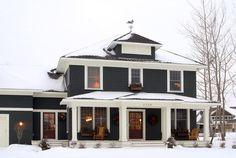 dark siding, white trim | Ron Brenner Architects