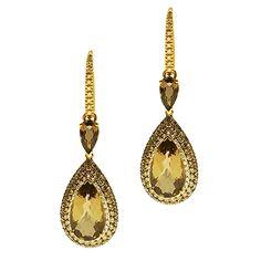 Χρυσά Σκουλαρίκια Κ18. Λευκά Διαμάντια 0.79 ct, Καφέ Διαμάντια & Smoke Quartz Gold Earrings, Drop Earrings, Quartz, Diamond, Brown, Jewelry, Gold Stud Earrings, Jewlery, Jewerly