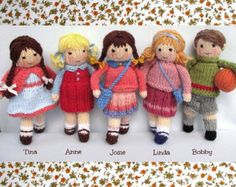 Fern and Flora doll knitting pattern by dollytime on Etsy