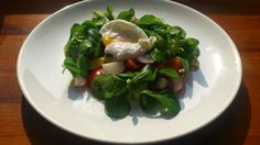 Salát se ztraceným vejcem - Powered by @ultimaterecipe