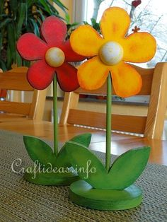 Spring Wood Craft - Wooden Flowers, want to make a bouquet for Tegan's play stroller.