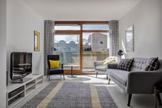 Renovated 1950s apartment glows anew in a London Brutalist icon - Curbedclockmenumore-arrow : We'd live here