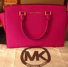 Michael Kors, i need a pink bag!