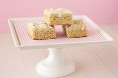White Chocolate-Macadamia Nut Cookie Dough Blondies - Handle the Heat