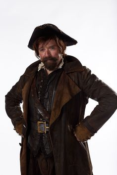 Rufus Hound Doctor Who Sam Swift Distressed Leather Coat Doctor Who Season 9, Doctor Who 9, Doctor Who Costumes, Incredible Film, Old School Fashion, Distressed Leather, Tv Series, Winter Jackets, Leather Jacket