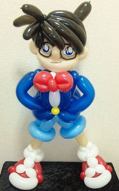 awesome boy balloon sculpture