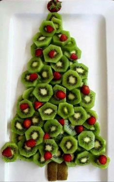 Sure enough, I got the email again today . the snacks for Christmas breakfast / dinner - Christmas dinner at school? Or Christmas breakfast? More than 30 easy Christmas snacks - Best Christmas Recipes, Christmas Party Food, Xmas Food, Christmas Brunch, Christmas Appetizers, Christmas Breakfast, Christmas Cooking, Noel Christmas, Christmas Goodies