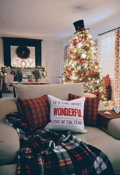Weihnachten dekoration – Christmas Home Tour – It's The Most Wonderful Time Of The Year … – Ideen Dekorieren Christmas Time Is Here, Merry Little Christmas, Noel Christmas, Winter Christmas, Office Christmas, Christmas Tree Top Ideas, Amazon Christmas, Xmas Trees, Christmas Music