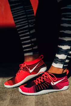 Website For Nike shoes outlet! Super Cheap! Only $22 now,special price last 6 days,get it immediatly!