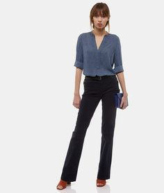 La chemise CERIOUS sera parfaite pour vos looks working girl #Shirt #SudExpress #lookbook Look Urban Chic, Sud Express, Lookbook, Casual, Sportswear, Suits, Style, Fashion, Printed Shirts