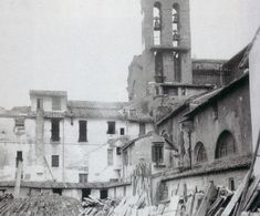 La foto  del 1885 e ci mostra… Vintage Photography, Old Photos, Wwii, Notre Dame, Rome, Bella, Building, Travel, Memories