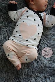 Schnittmuster - Baby-Basic-Leggings und Wickeljacke von Kid5 – Stretchjersey Dots Punkte schwarz auf ecru von Michas Stoffecke, Baumwoll Jersey Uni Pastell Rosa von Glitzerpüppi, Klöppelspitze von Namijda Sewing - Nähen - DIY - Babyoutfit - Babyset - Newbornoutfit - Kliniktasche - Jersey - rosa - Newborn - nähenfürbabys Pattern