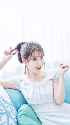 〖✽‹ pinterest: @bladefromspace ›✽〗 Cute Korean Girl, Asian Girl, Iu Fashion, Girl Day, Queen Pictures, Famous Women, Korean Beauty, Beautiful Actresses, K Idols