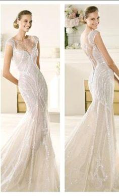 Manuel Mota Ventura 6: buy this dress for a fraction of the salon price on PreOwnedWeddingDresses.com