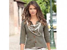 Strickanleitung Kurzjacke FREE PATTERN ♥ 3000 FREE patterns to knit ♥ http://pinterest.com/DUTCHYLADY/share-the-best-free-patterns-to-knit/