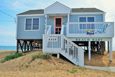 211 Kitty Hawk, NC Oceanfront Rental Home